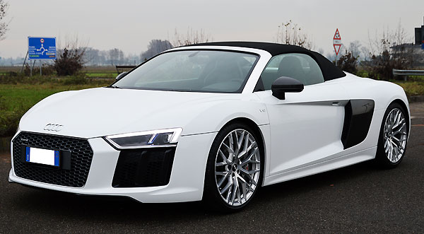 Audi R8 Sports car rental Naples Italy