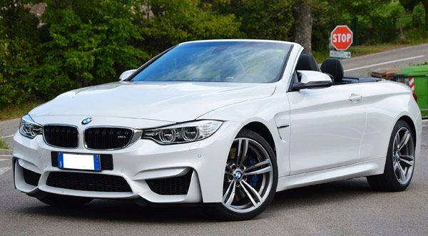 Rent a BMW M4 in Italy