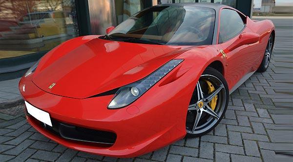 Ferrari 458 Italia Rental in Naples Italy