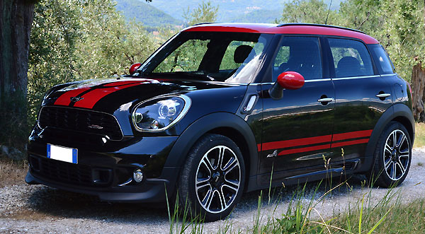 Rent a  Countryman Cooper in Italy